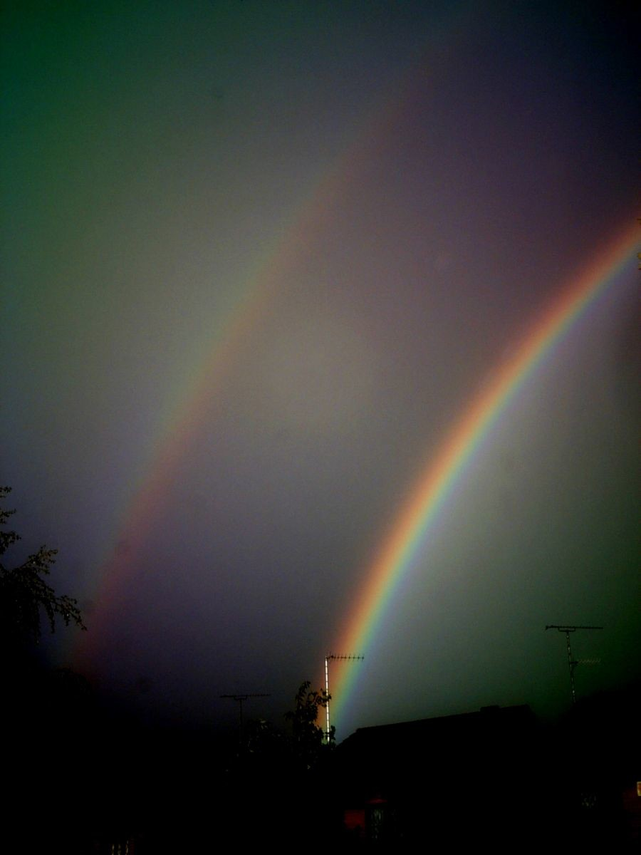 Rainbow over Luton 14/05/2011